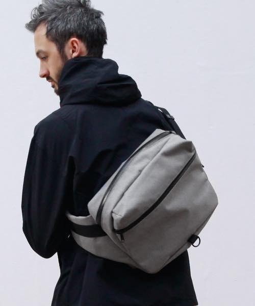ADAMPATEK/the bond/HEATHERED NYLON BODYBAG