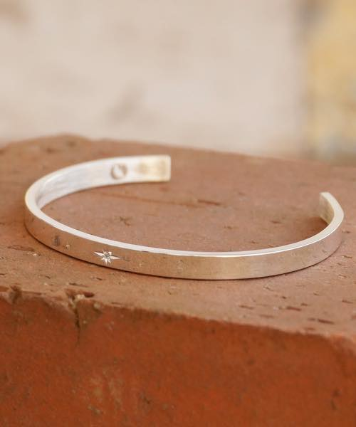 Genri/ゲンリ/MADE IN JAPAN/日本製/【Left break】/DAIAMOND PLAIN BANGLE